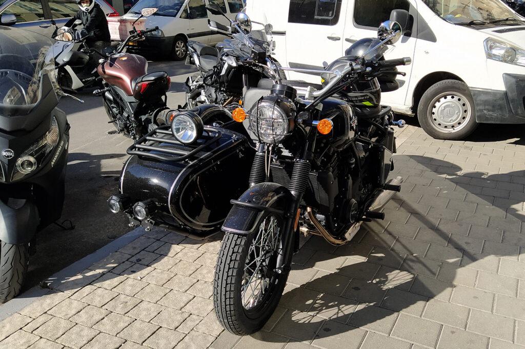 אופנוע עם סירה changjiang750 הגיעה לישראל